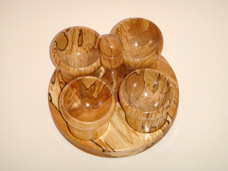 4 Egg Cups with Stand